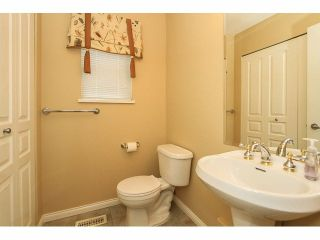 """Photo 18: 44 2588 152ND Street in Surrey: King George Corridor Townhouse for sale in """"WOODGROVE"""" (South Surrey White Rock)  : MLS®# F1414709"""
