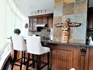"""Photo 9: 2301 1200 ALBERNI Street in Vancouver: West End VW Condo for sale in """"PALISADES"""" (Vancouver West)  : MLS®# R2605093"""
