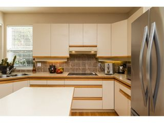 """Photo 9: 15022 SEMIAHMOO Place in Surrey: Sunnyside Park Surrey House for sale in """"Semiahmoo Wynd"""" (South Surrey White Rock)  : MLS®# R2115497"""