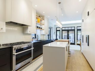 """Photo 6: 2074 MCNICOLL Avenue in Vancouver: Kitsilano 1/2 Duplex for sale in """"KITS POINT"""" (Vancouver West)  : MLS®# R2575728"""