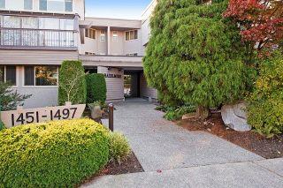 Photo 1: 1459 MERKLIN STREET: White Rock Home for sale ()  : MLS®# R2012849