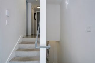 """Photo 10: 203 150 E CORDOVA Street in Vancouver: Downtown VE Condo for sale in """"IN GASTOWN"""" (Vancouver East)  : MLS®# R2572782"""