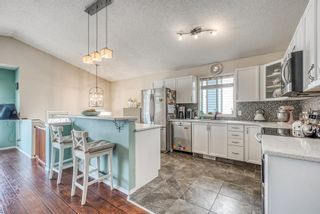 Photo 5: 10 Inverness Place SE in Calgary: McKenzie Towne Detached for sale : MLS®# A1095594