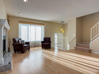 Photo 4: 16 110 10 Avenue NE in Calgary: Crescent Heights Semi Detached for sale : MLS®# A1048311