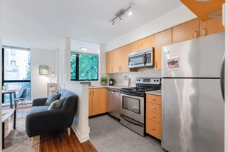 """Photo 12: 311 1295 RICHARDS Street in Vancouver: Downtown VW Condo for sale in """"THE OSCAR"""" (Vancouver West)  : MLS®# R2604115"""