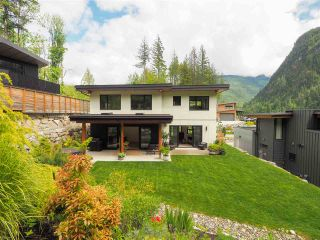 """Photo 26: 38631 HIGH CREEK Drive in Squamish: Plateau House for sale in """"Crumpit Woods"""" : MLS®# R2457128"""