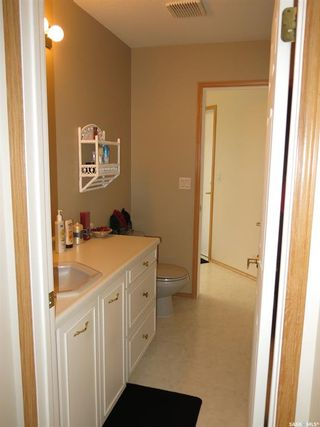 Photo 18: 103 Maywood Place in Nipawin: Residential for sale : MLS®# SK809334