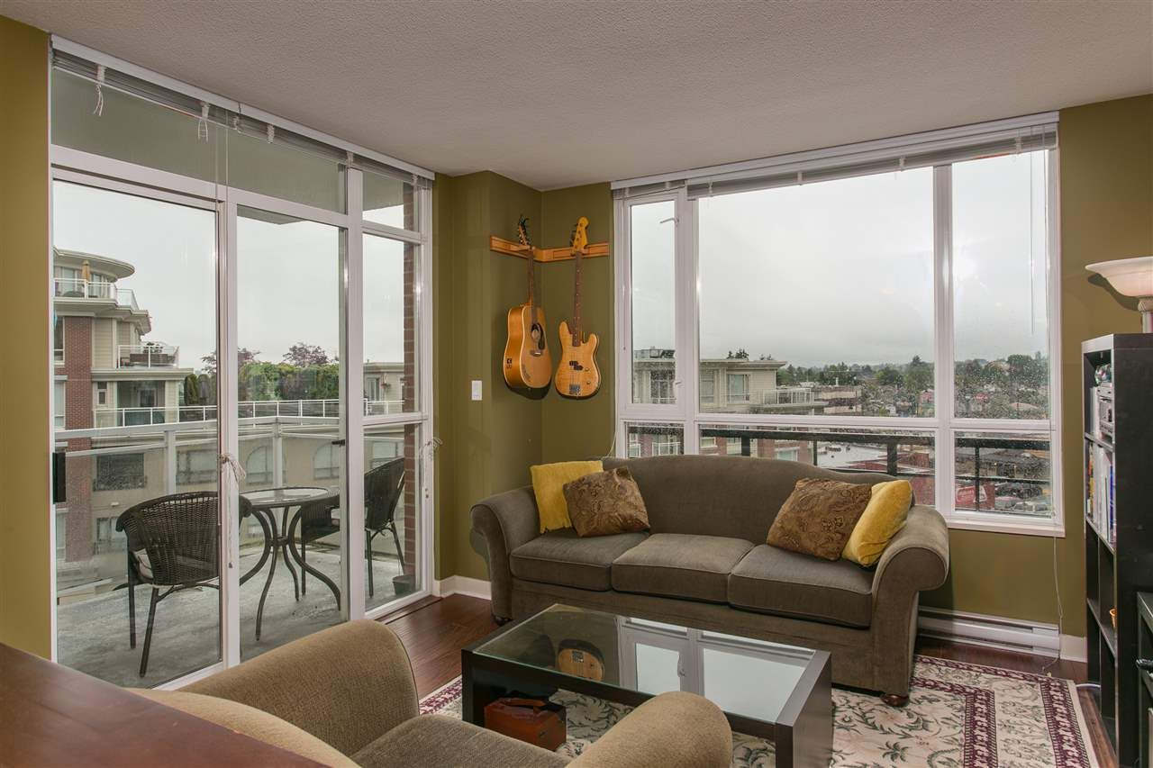 """Main Photo: 506 4078 KNIGHT Street in Vancouver: Knight Condo for sale in """"KING EDWARD VILLAGE"""" (Vancouver East)  : MLS®# R2074294"""