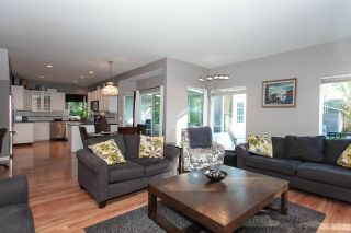 """Photo 7: 6568 CLAYTONWOOD Place in Surrey: Cloverdale BC House for sale in """"Clayton Hill"""" (Cloverdale)  : MLS®# R2327145"""