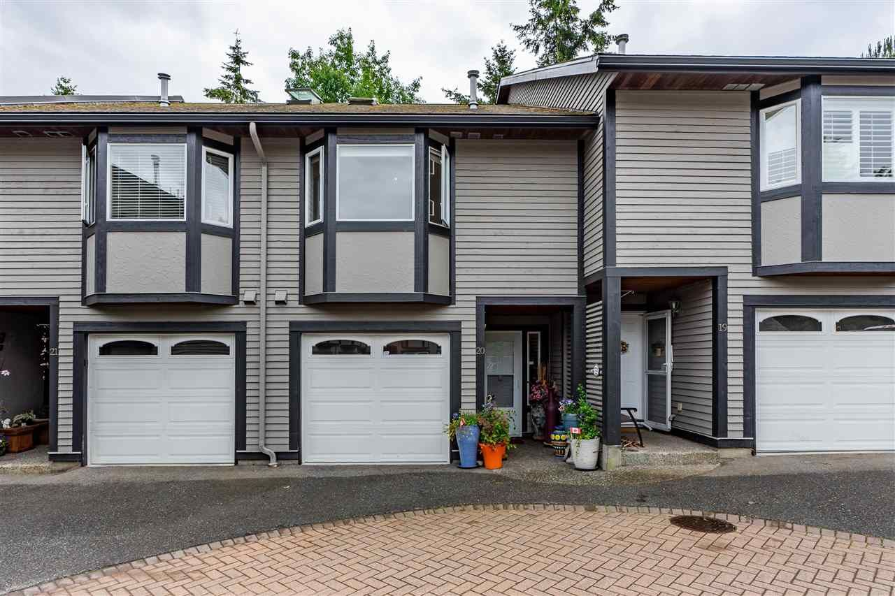 """Main Photo: 20 1828 LILAC Drive in White Rock: King George Corridor Townhouse for sale in """"Lilac Green"""" (South Surrey White Rock)  : MLS®# R2464262"""