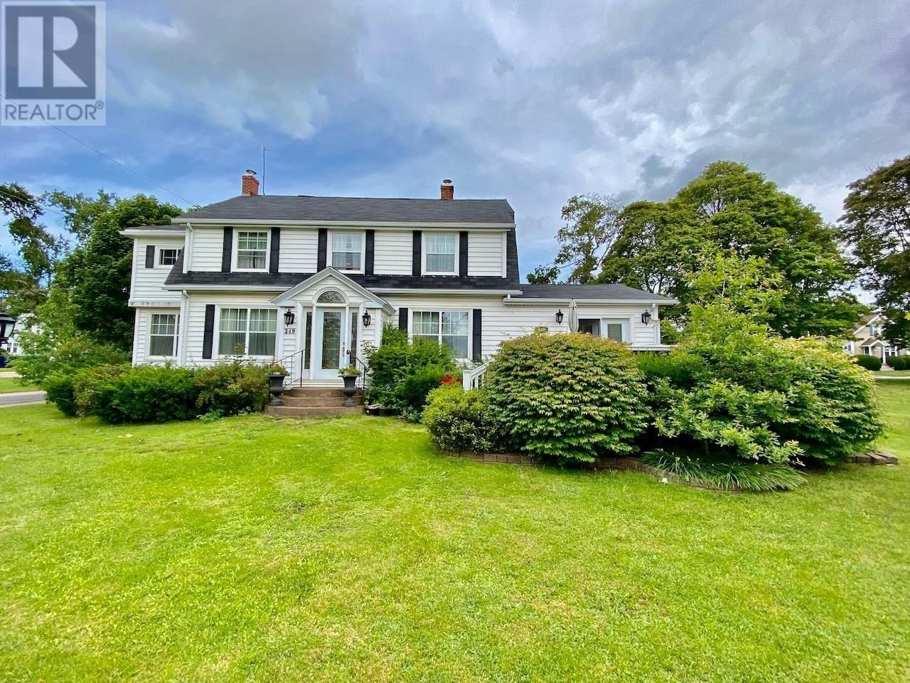 Photo 2: Photos: 349 Beaver Street in Summerside: House for sale : MLS®# 202120610