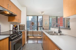 """Photo 2: 908 1295 RICHARDS Street in Vancouver: Downtown VW Condo for sale in """"The Oscar"""" (Vancouver West)  : MLS®# R2589790"""