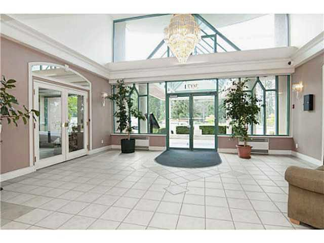 """Photo 3: Photos: 904 3071 GLEN Drive in Coquitlam: North Coquitlam Condo for sale in """"PARC LAURENT"""" : MLS®# V1143282"""