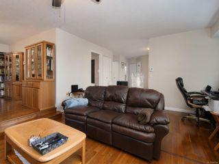Photo 3: 1227 Carlisle Ave in : Es Saxe Point Half Duplex for sale (Esquimalt)  : MLS®# 862144