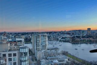 "Photo 14: 2302 289 DRAKE Street in Vancouver: Yaletown Condo for sale in ""Park View Tower"" (Vancouver West)  : MLS®# R2530410"