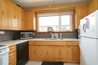 Photo 8: 8 Fontaine Crescent in Winnipeg: Windsor Park Residential for sale (2G)  : MLS®# 202107039