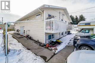 Photo 2: 4912 56 Street in Innisfail: Multi-family for sale : MLS®# A1096915