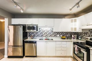Photo 3: 106-20894 57 Ave in Langley: Langley City Condo for sale