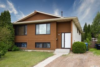 Photo 2: 1910 McKercher Drive in Saskatoon: Lakeview SA Residential for sale : MLS®# SK859303