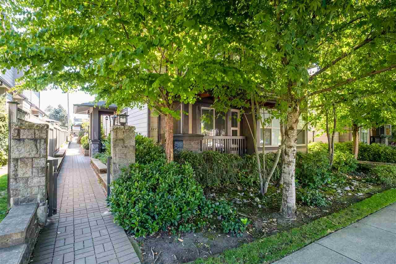Main Photo: 327 E 15TH STREET in North Vancouver: Central Lonsdale Townhouse for sale : MLS®# R2494797