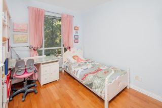 """Photo 12: 332 5735 HAMPTON Place in Vancouver: University VW Condo for sale in """"THE BRISTOL"""" (Vancouver West)  : MLS®# R2212569"""