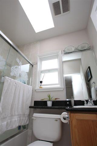 Photo 6: 5687 SPROTT Street in Burnaby: Central BN 1/2 Duplex for sale (Burnaby North)  : MLS®# R2573434