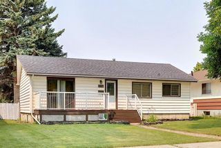 Main Photo: 1007 16A Street NE in Calgary: Mayland Heights Detached for sale : MLS®# A1130868