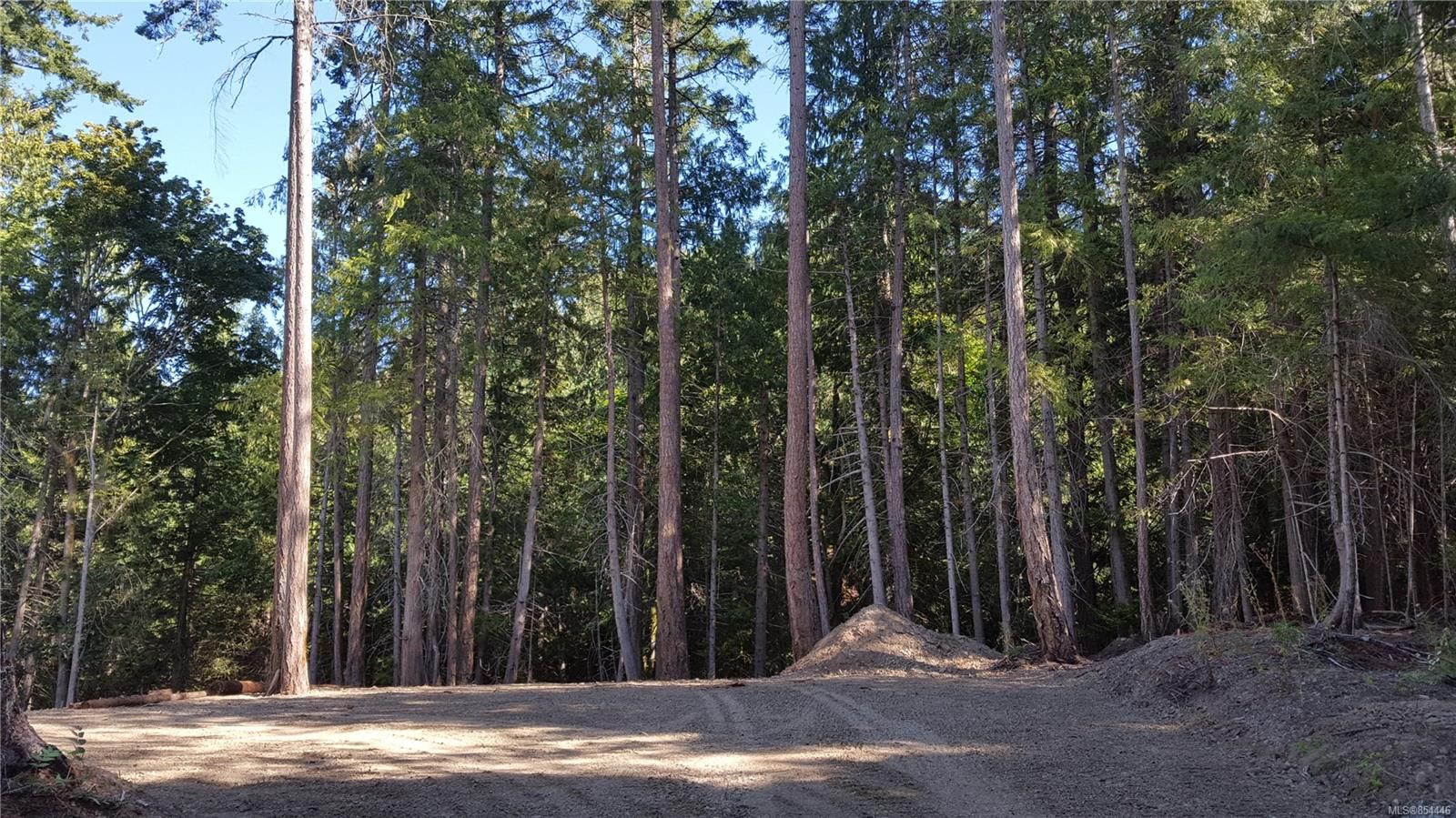 Main Photo: 3614 Jolly Roger Cres in : GI Pender Island Land for sale (Gulf Islands)  : MLS®# 854446