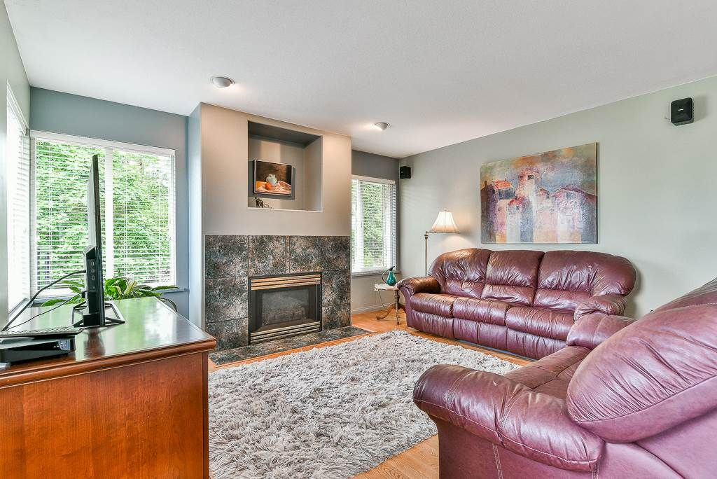 Photo 8: Photos: 6103 190 Street in Surrey: Cloverdale BC House for sale (Cloverdale)  : MLS®# R2269970