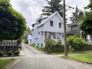 "Photo 1: 820 W 23RD Avenue in Vancouver: Cambie House for sale in ""Douglas Park"" (Vancouver West)  : MLS®# R2473780"