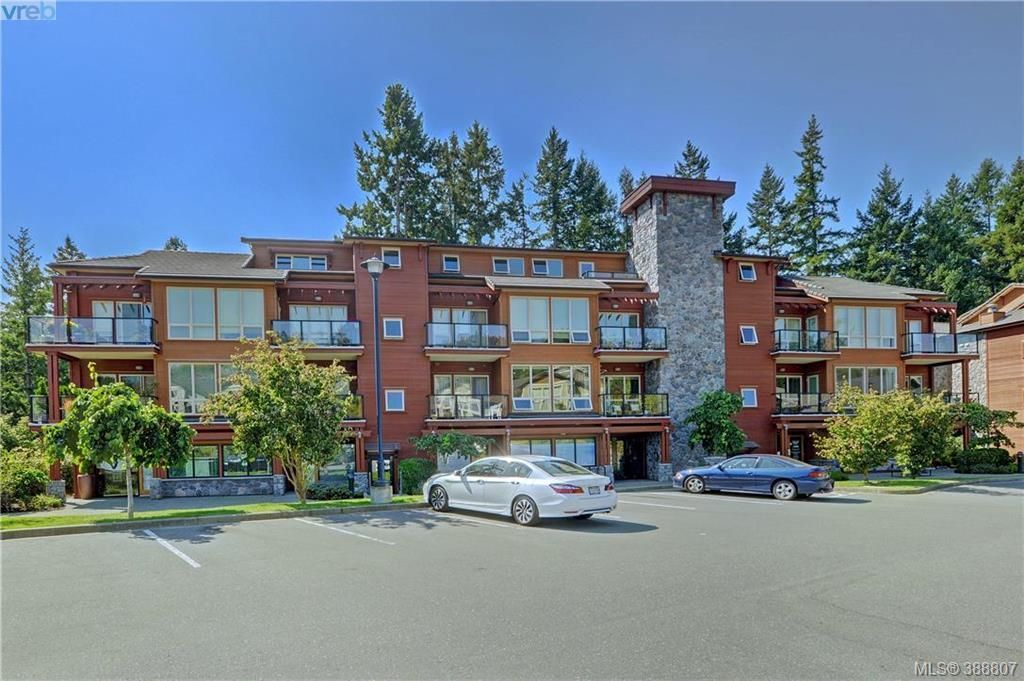 Main Photo: 206 627 Brookside Rd in VICTORIA: Co Latoria Condo for sale (Colwood)  : MLS®# 781371
