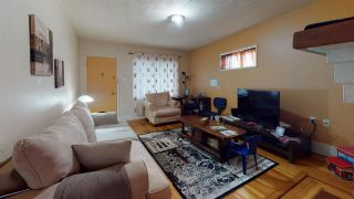 Photo 4: 3207 E GEORGIA Street in Vancouver: Renfrew VE House for sale (Vancouver East)  : MLS®# R2574856