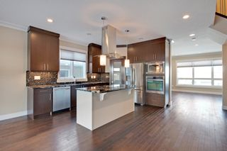Photo 8: 1631 41 Street SW in Calgary: House for sale : MLS®# C3648896