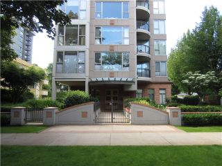 """Photo 10: 100 1788 W 13TH Avenue in Vancouver: Fairview VW Condo for sale in """"MAGNOLIA"""" (Vancouver West)  : MLS®# V985193"""