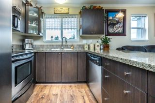 """Photo 8: 312 5488 198 Street in Langley: Langley City Condo for sale in """"BROOKLYN WYND"""" : MLS®# R2149394"""