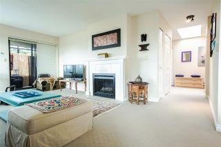 Photo 6: 301 1467 MARTIN Street: White Rock Condo for sale (South Surrey White Rock)  : MLS®# R2047854
