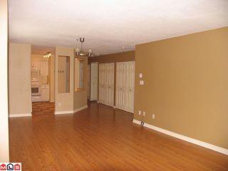"""Photo 2: 322 12101 80TH Avenue in Surrey: Queen Mary Park Surrey Condo for sale in """"Surrey Town Manor"""" : MLS®# F1214603"""