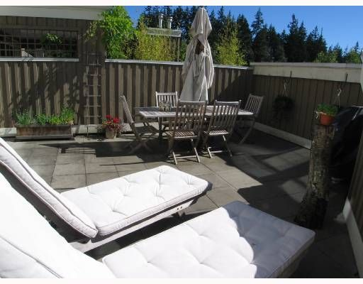 """Photo 10: Photos: 301 5605 HAMPTON Place in Vancouver: University VW Condo for sale in """"THE PEMBERLEY"""" (Vancouver West)  : MLS®# V657291"""