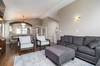 Photo 2: 1647 PHILIP Avenue in North Vancouver: Pemberton NV House for sale : MLS®# R2263711