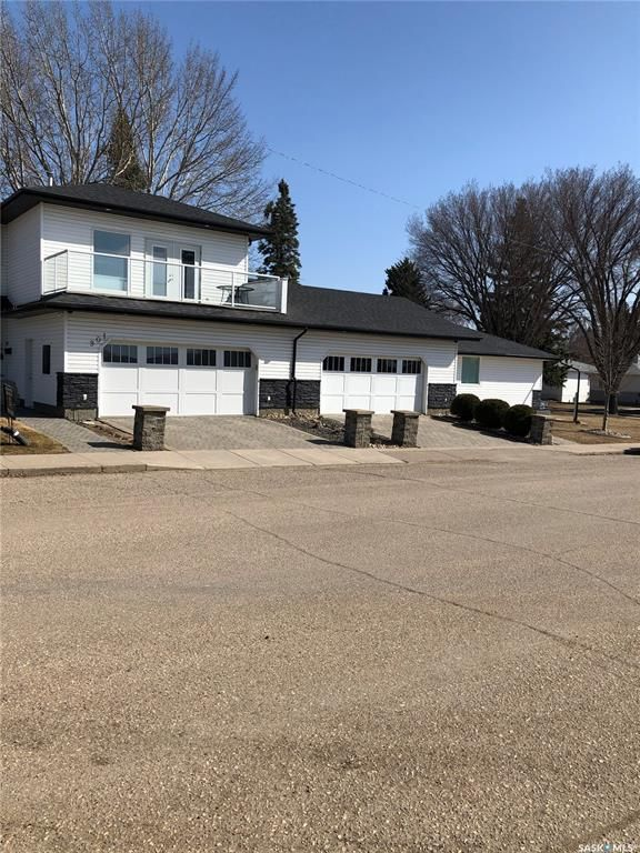 Main Photo: 901 2nd Street East in Saskatoon: Haultain Residential for sale : MLS®# SK842290