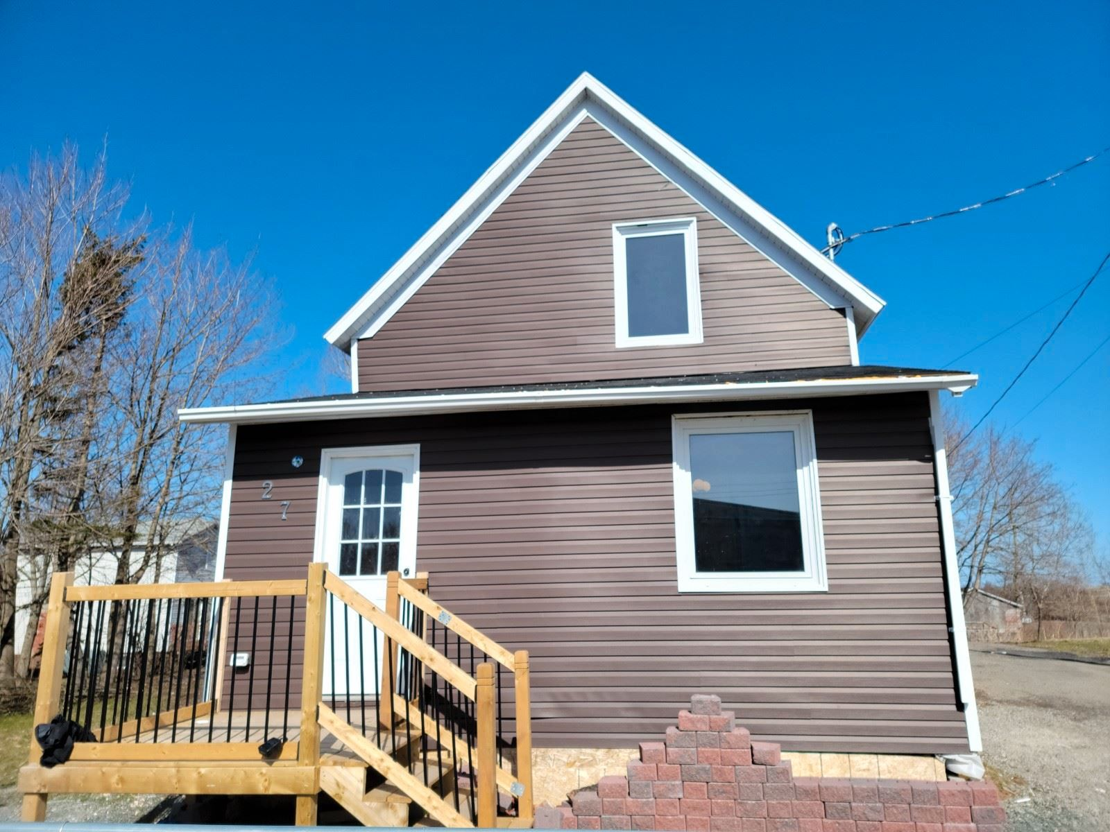 Main Photo: 27 Armstrong Court in Sydney: 201-Sydney Residential for sale (Cape Breton)  : MLS®# 202107835