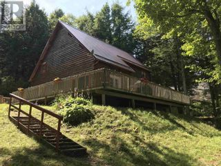 Photo 3: 476 Canoe Island Road in Middle New Cornwall: House for sale : MLS®# 202120583
