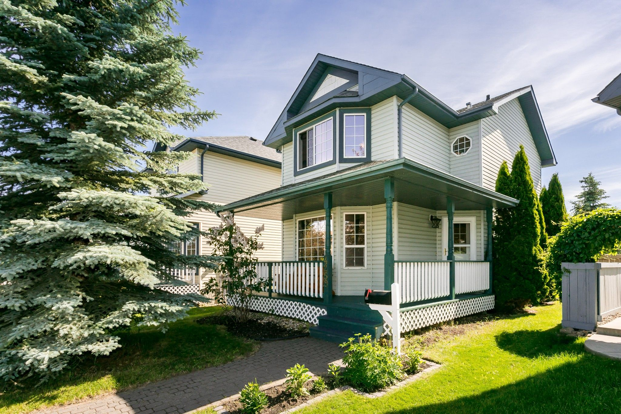 Main Photo: 4259 23St in EDMONTON: House for sale (Edmonton)  : MLS®# E4203591