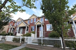 Main Photo: 1635 Towne Centre Boulevard NW in Edmonton: Zone 14 Townhouse for sale : MLS®# E4263108