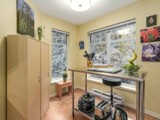 """Photo 9: 206 1144 STRATHAVEN Drive in North Vancouver: Northlands Condo for sale in """"Strathaven"""" : MLS®# R2217915"""