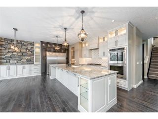 Photo 2: 22 ROCK LAKE View NW in Calgary: Rocky Ridge House for sale : MLS®# C4090662