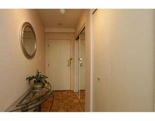 """Photo 3: 101 410 AGNES Street in New Westminster: Downtown NW Condo for sale in """"MARSEILLE PLAZA"""" : MLS®# V1069596"""