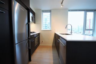 """Photo 3: 1012 7733 FIRBRIDGE Way in Richmond: Brighouse Condo for sale in """"QUINTET TOWER C"""" : MLS®# R2082625"""