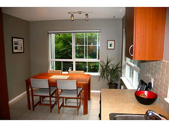 """Photo 7: Photos: 313 9233 GOVERNMENT Street in Burnaby: Government Road Condo for sale in """"SANDLEWOOD"""" (Burnaby North)  : MLS®# V1086933"""