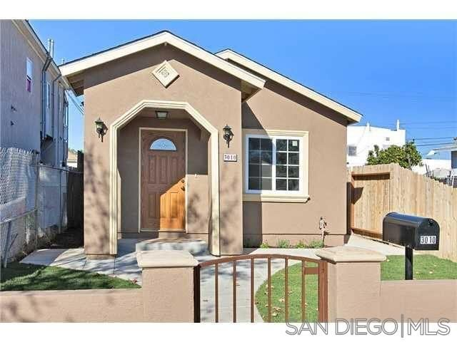 Main Photo: SAN DIEGO House for sale : 3 bedrooms : 3010 Logan Avenue